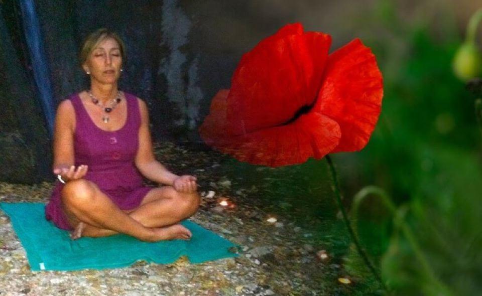 Carlita Moon Mother la Narratrice Ancestrale in Luna Piena